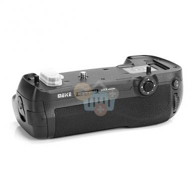Baterijų laikiklis Nikon MB-D18